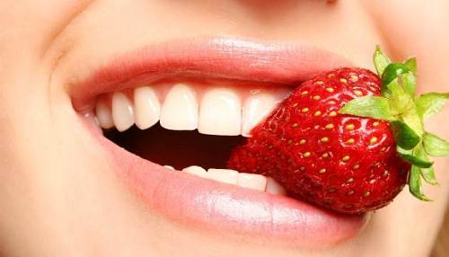 Bọc răng sứ thẩm mỹ có đau không 3không, khi nào thì hết?