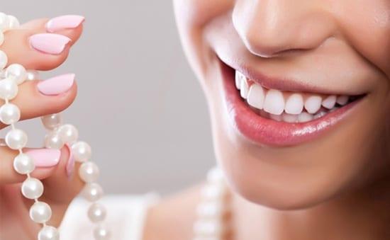 Các loiaj Răng sứ thẩm mỹ và những vấn đề cần biết về răng sứ-1