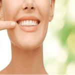 Bảng giá trồng răng sứ và trồng răng implant tại Nha Khoa Sài Gòn bác sĩ Quang