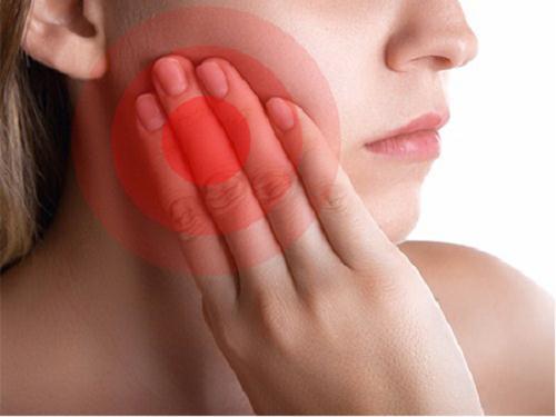 Điều trị tủy răng có đau không với người mới lần đầu?
